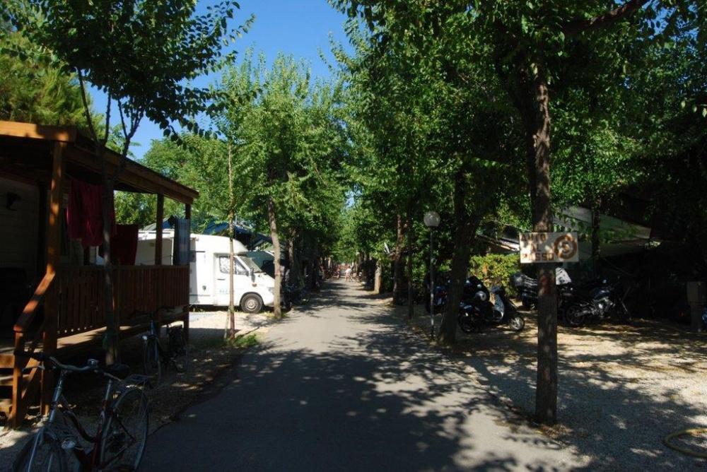 Camping Village Adriatico - Giulianova Lido - Teramo