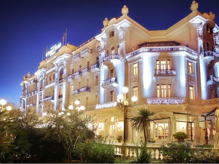 Grand hotel rimini rimini marina centro parco for Cieffe arredi di chiappini federico rimini
