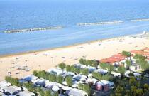 Offerta Piazzole Settembre in Camping sul mare nelle Marche